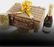 'Fill it Yourself' Empty Hampers & Baskets