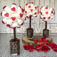 Mothers Day Marshmallows & Haribo Strawberry Hearts Sweet Tree, 25cm