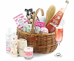 Alcohol-Free Luxury Pampering Set in Gift Basket