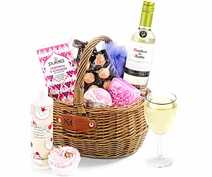White Wine Pampering Set in Gift Basket