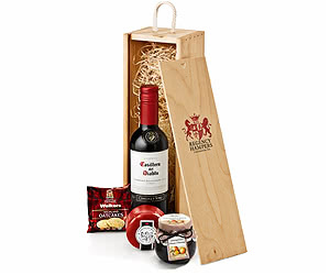 Wine & Cheese Gift Set in Wooden Box