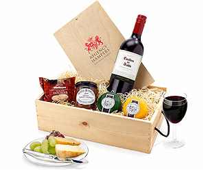 Cheese & Wine Favourites In Wood