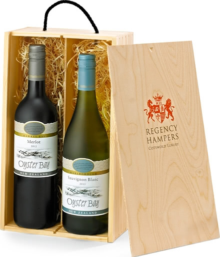 Premium New Zealand Wine Duo in Wooden Gift Box