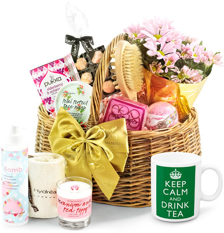 Tea Lover & Flowers Luxury Pampering Set in Gift Basket