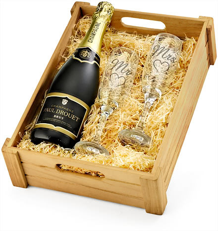Mr & Mrs Champagne & Engraved Flutes in Wooden Crate